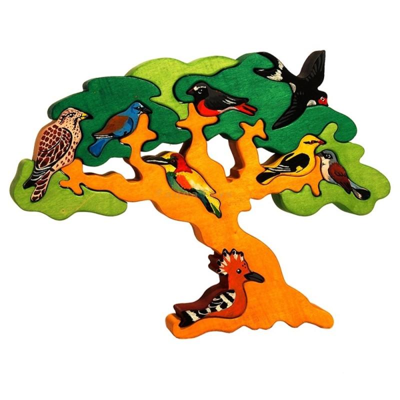 Madarasfa költöző madarakkal - Fauna